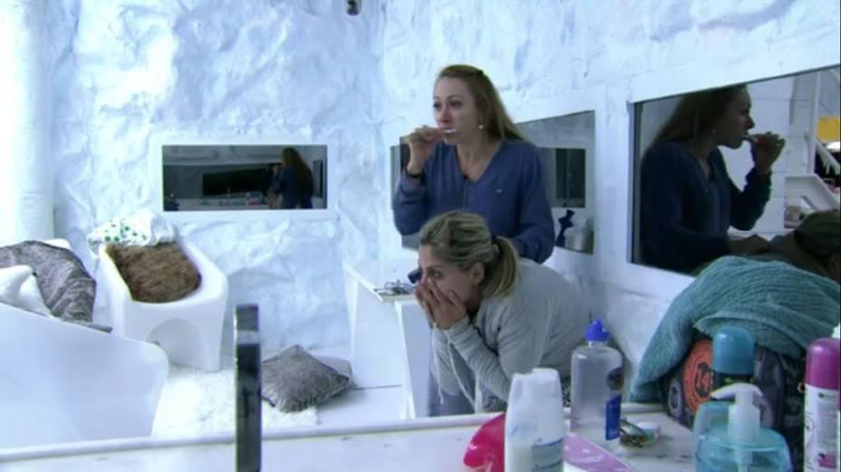 Aline e Vanessa afirmam ter visto um espírito no BBB14