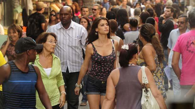 Alinne Moraes terá papel de mocinha que foi de Elizabeth Savalla na primeira versão da novela
