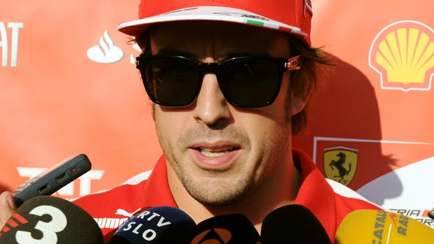 Fernando Alonso durante entrevista no Japão: Hoje Vettel é o melhor
