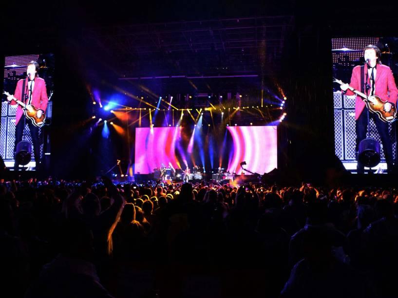 O cantor Paul McCartney se apresentou em Brasília neste domingo (23) no Estádio Mané Garrincha