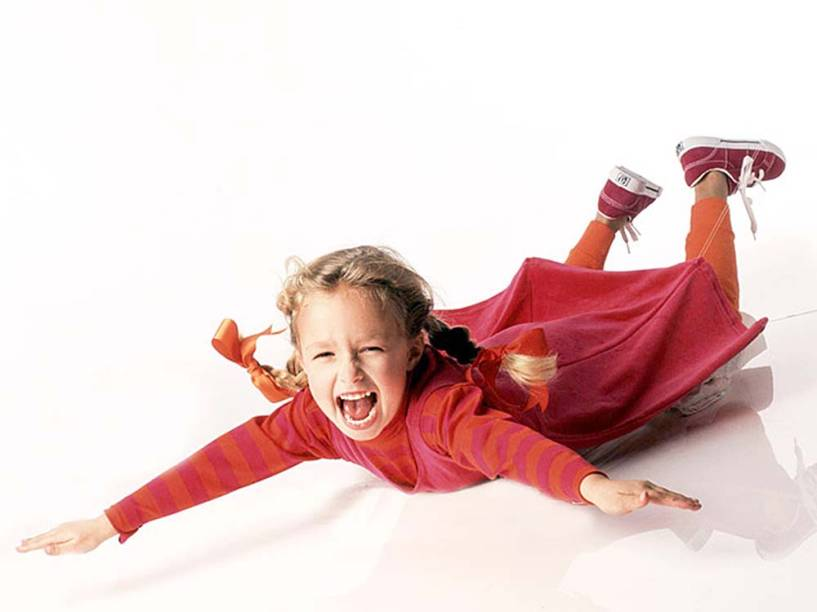 A atriz das séries Heroes e Nashville Hayden Panettiere, na capa da revista FamilyPC em 1995, aos 6 anos