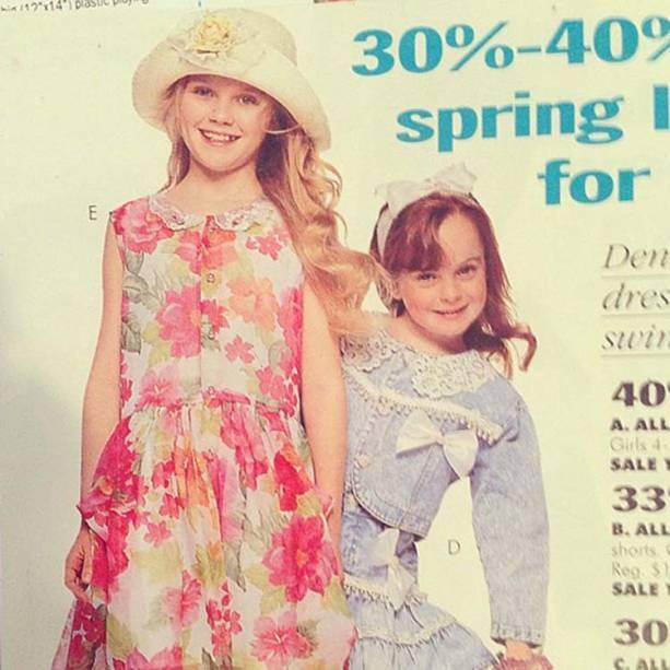 Kirsten Dunst e Lindsay Lohan como modelos mirins