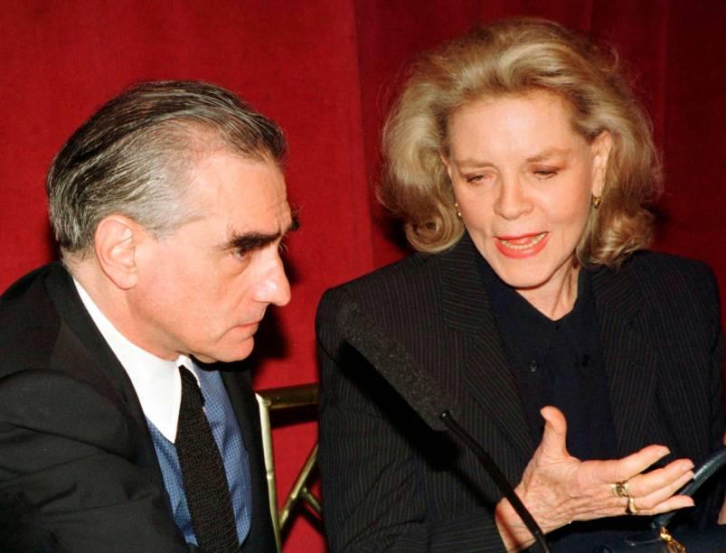 Lauren Bacall ao lado do diretor Martin Scorsese em Nova York, em 1997
