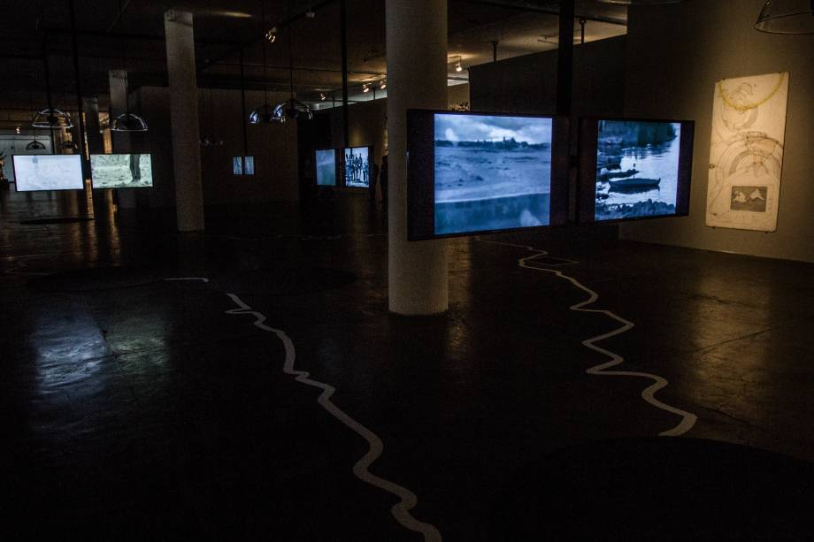 Balayer - A Map of Sweeping, projeto em vídeo da artista britânica Imogen Stidworthy
