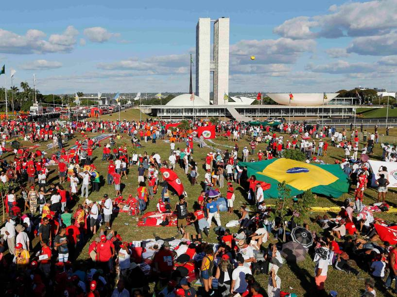 Protestos contra o Impeachment ocupam o Congresso Nacional, em Brasília - 17/04/2016