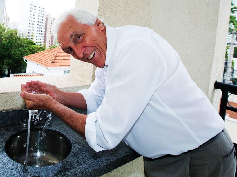 Ex-prefeito Ibis da Cruz assinou a outorga para uso da água do rio Atibaia, em 1975