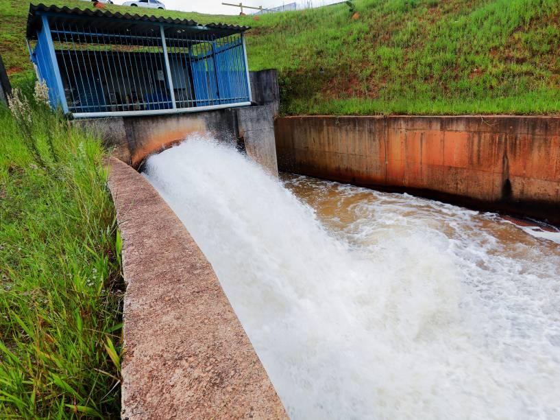 Jundiaí tem cerca de 398.000 habitante e consome 1.500 litros por segundo de água