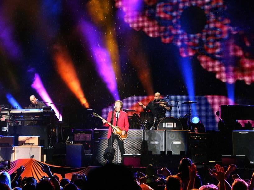 Paul McCartney se apresentou com a turnê Out There em Brasília/DF neste domingo (23)