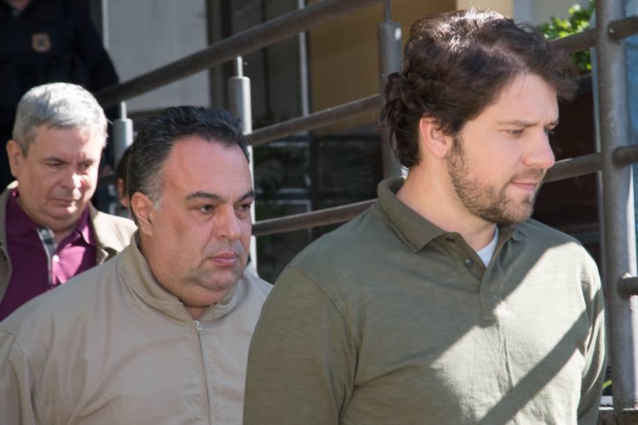 Ex-deputados André Vargas e Luiz Argôlo fazem exame de corpo de delito no Instituto Médico Legal (IML) em Curitiba, PR, neste sábado