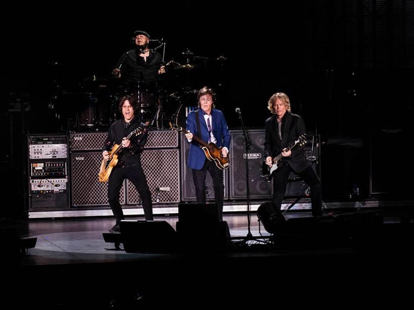 Ex-integrante dos Beatles, Paul McCartney, se apresentou no Rio de Janeiro na última quarta (12)