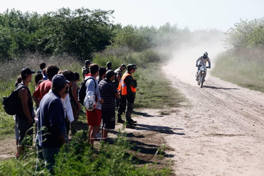 Primeira etapa do Rali Dacar teve provas de moto, carros, caminhões e quadriciclos