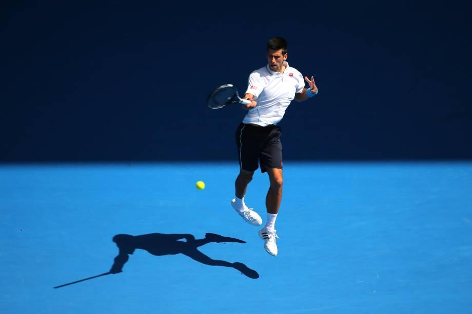 Novak Djokovic passou com extrema facilidade pelo russo Andrey Kuznetsov