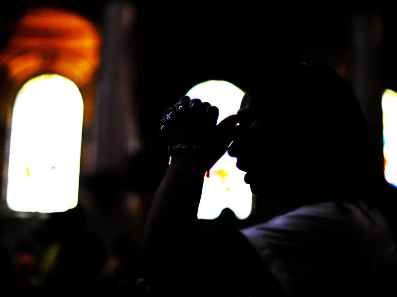 Devotos acompanham as procissões durante as celebrações do Círio de Nazaré, em Belém