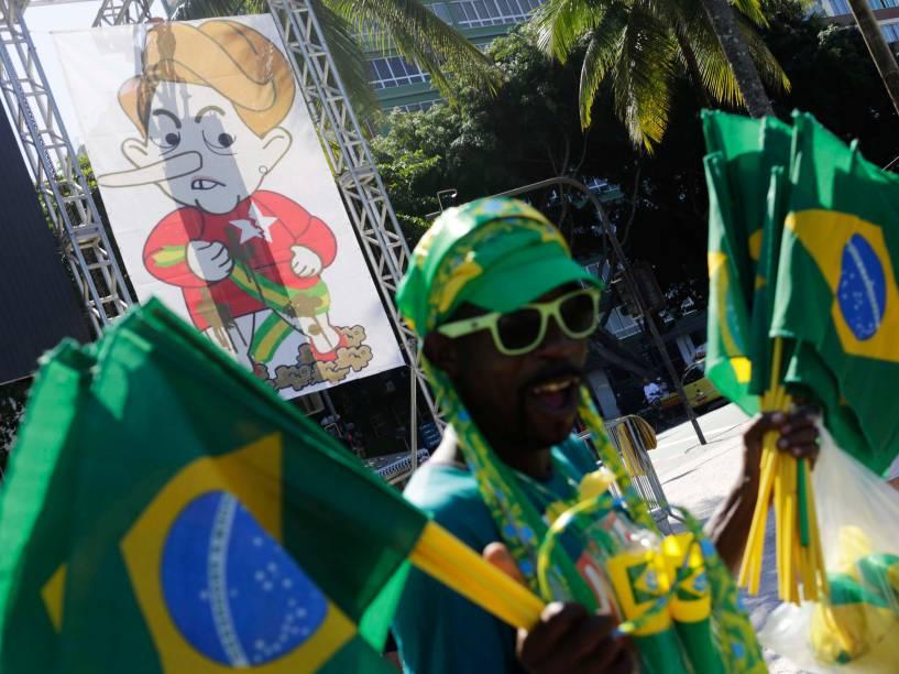 Manifestantes se reúnem em Copacabana para prostestar a favor do Impeachment da Presidente Dilma - 17/04/2016