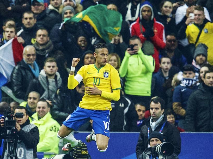 Neymar fez o segundo gol do Brasil na vitória por 3 a 1 sobre a França