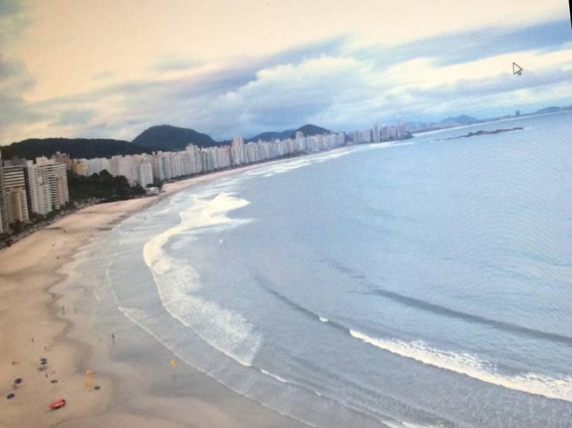 A cobertura que a construtora OAS reformou para o ex-presidente Lula: vista da praia de Astúrias, no Guarujá