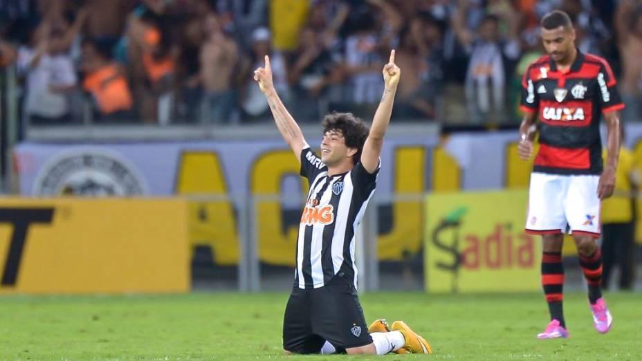 Luan comemora a classificação do Atlético-MG para a final da Copa do Brasil