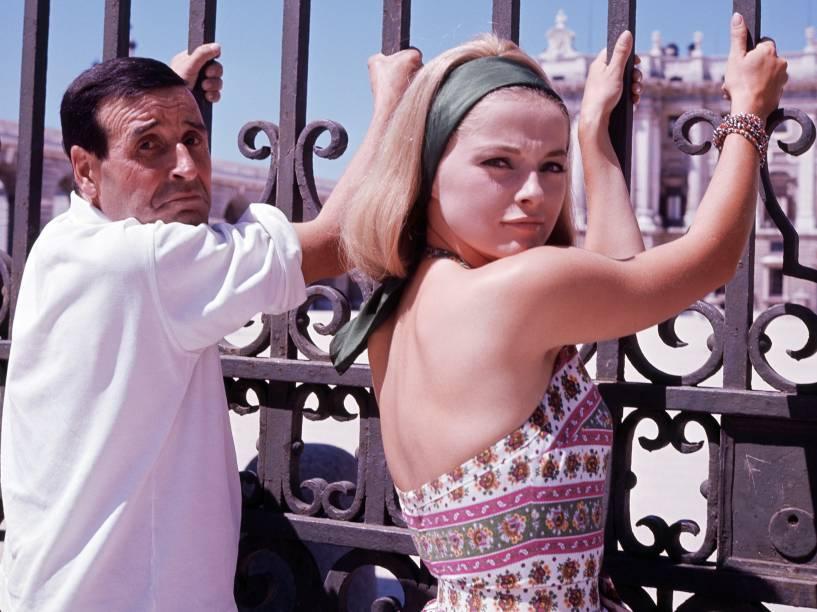 O cineasta francês Christian Jacques e a atriz Virna Lisi em 1963