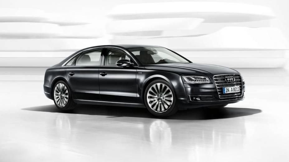 Audi A8: Versão topo de linha do sedã terá motor 6.3 W12 de 500 cv