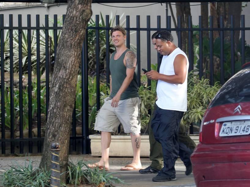 Nick Carter passeia pelo Rio de Janeiro, onde a banda fará shows nos dias 8 e 11 de junho