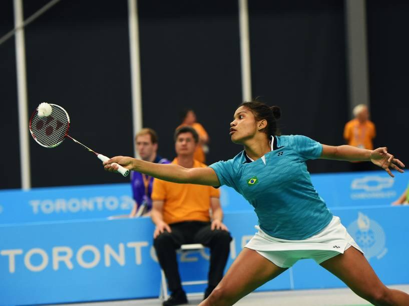 As irmãs brasileiras Lohaynny Vicente e Luana Vicente disputam a final de Badminton dos Jogos Pan-Americanos, em Toronto, Canadá