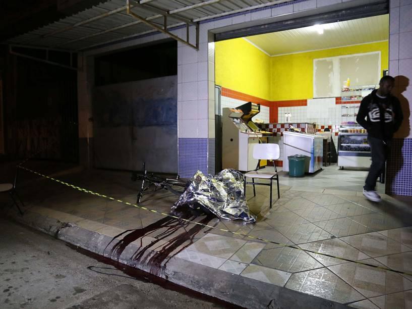 Corpo no local do crime em Osasco