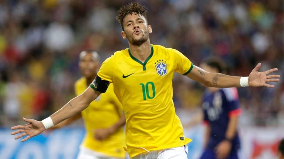 Neymar brilha e dá a vitória ao Brasil no amistoso contra o Japão, em Cingapura