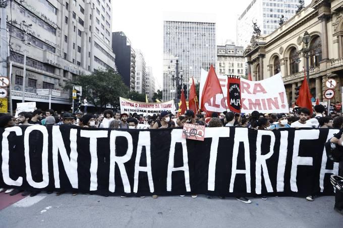 alx_brasil-manifestacao-contra-a-tarifa-20150109-54-2_original.jpeg