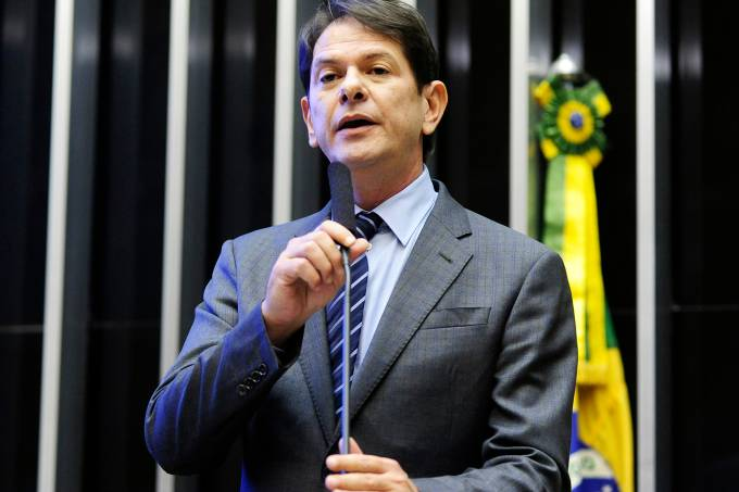 alx_brasil-ministro-educacao-cid-gomes-20150318-001_original.jpeg
