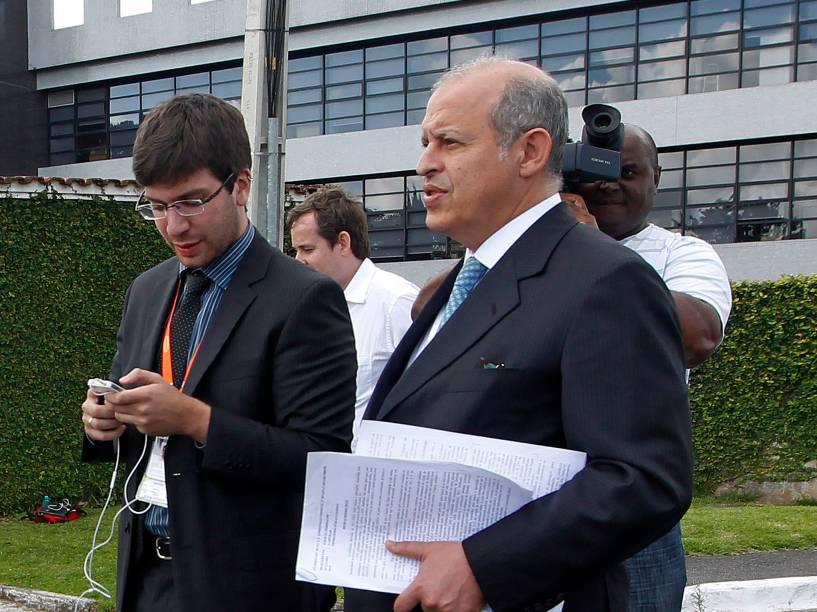 O advogado Alberto Toron, que representa cinco presos na Operação Lava Jato - 16/11/2014