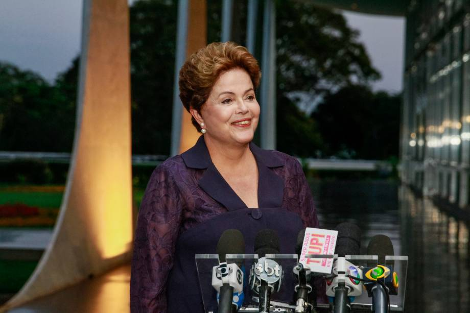 A presidente Dilma Rousseff durante entrevista coletiva em Brasília - 18/09/2014