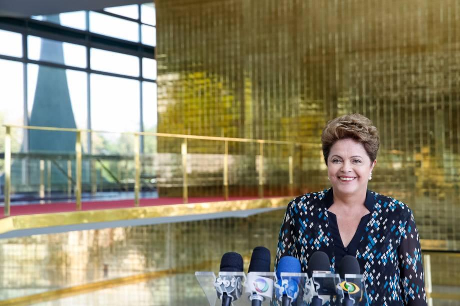Presidente e candidata à reeleição pelo PT, Dilma Rousseff durante entrevista coletiva no Palácio da Alvorada - 14/09/2014
