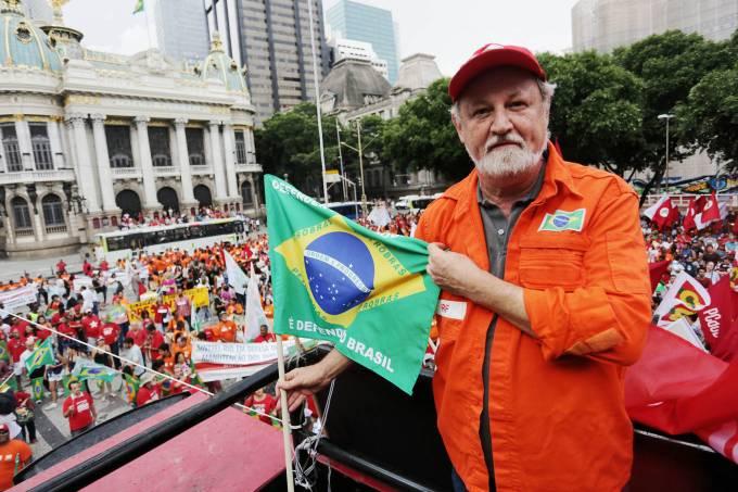 alx_brasil-politica-protestos-sindicais-20150313-06_original.jpeg