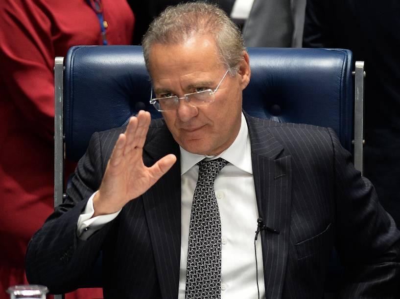 O presidente do Senado Federal, Renan Calheiros (PMDB-AL), durante sessão de votação,para cassação do mandato do senador Delcídio do Amaral - 10/05/2016