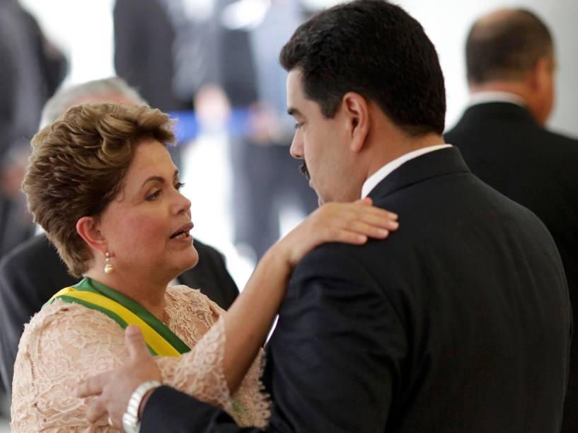 Presidente Dilma recebe os cumprimentos do presidente Nicolás Maduro da Venezuela - 01/01/2015