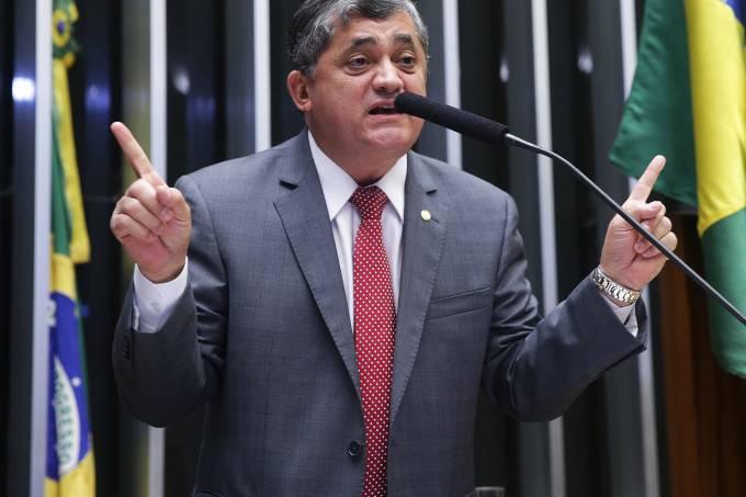 alx_brasil-sessao-impeachment-camara-20160415-12_original.jpeg