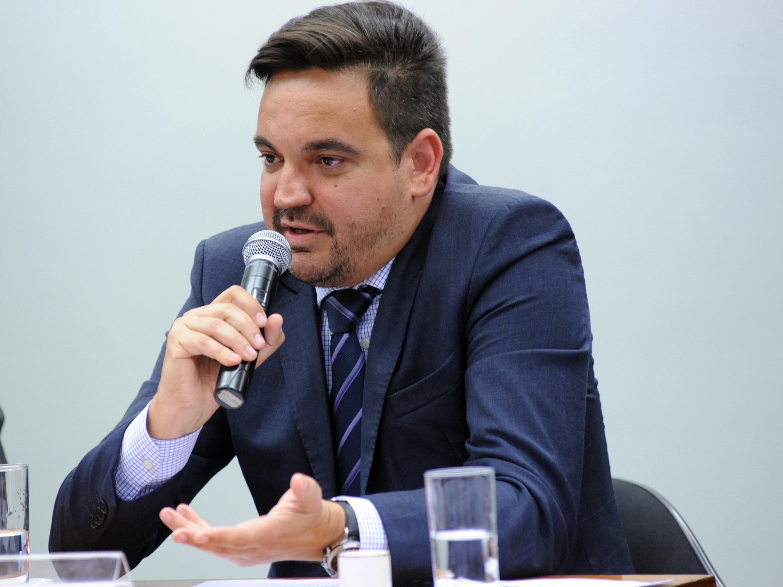 Audiência pública para tomada de depoimento do proprietário da empresa de engenharia Exergia Brasil, Taiguara Rodrigues dos Santos - 15/10/2015