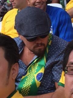 O ator Leonardo di Caprio assiste ao jogo Brasil e Croácia no Itaquerão