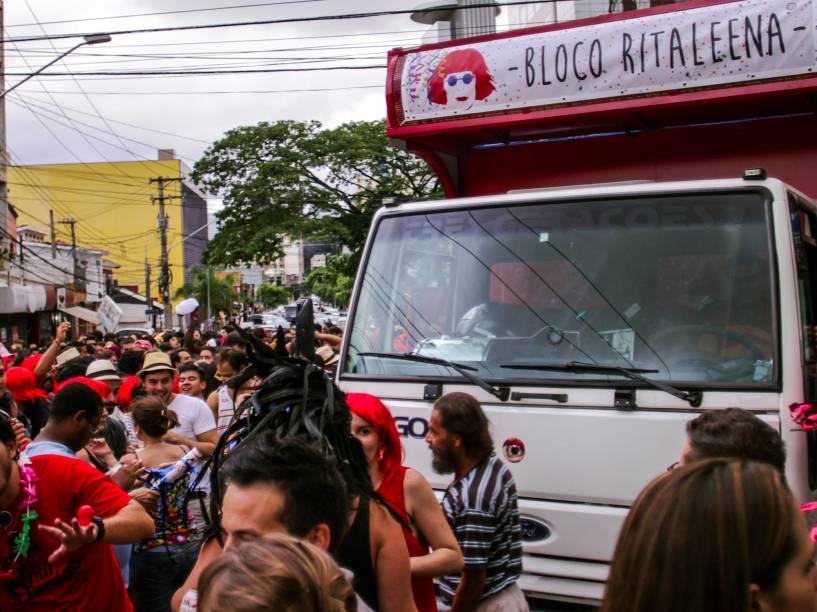 Bloco Ritaleena aconteceu no bairro de Pinheiros, zona Oeste de São Paulo (SP)