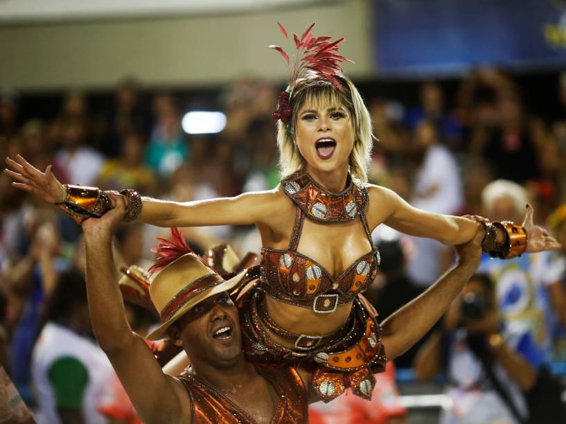 Desfile da Acadêmicos do Grande Rio homenageia a cidade de paulista de Santos