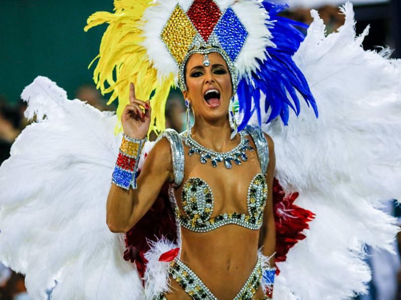 A modelo e apresentadora Ticiane Pinheiro é destaque no desfile da Unidos de Vila Isabel