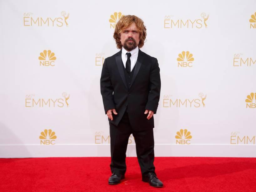 O ator Peter Dinklage da série Game of Thrones chega para o 66º Emmy, em Los Angeles