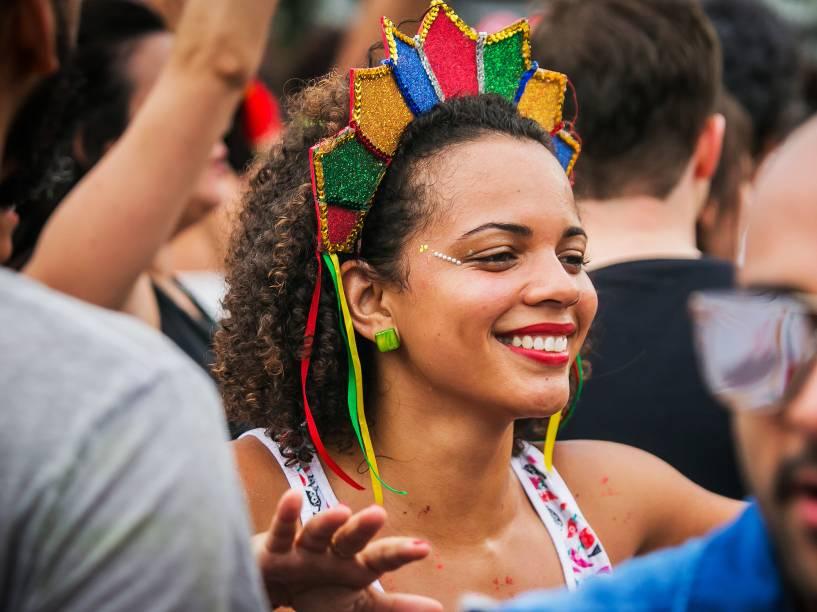 A cantora Daniela Mercury se apresenta em trio elétrico para comemorar o aniversário de 462 anos da cidade de São Paulo, na tarde deste domingo (24)