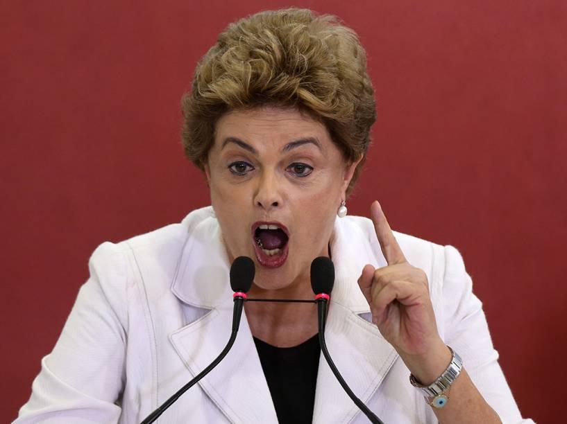 A candidata à reeleição para presidente da República, Dilma Rousseff, visita unidade do Sesi/Senai de Belo Horizonte, em Minas Gerais - 20/08/2014