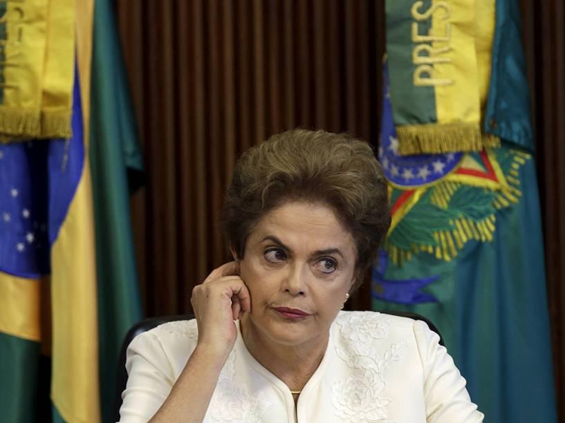 Candidata a reeleição, Dilma Rousseff (PT), durante entrevista a blogueiros - 26/09/2014