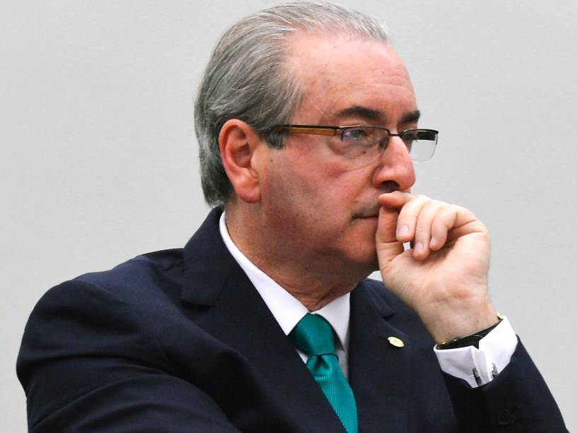 O presidente afastado da Câmara, Eduardo Cunha (PMDB-RJ), comparece ao Conselho de Ética da Câmara dos Deputados, em Brasília (DF), para fazer sua defesa. Cunha é alvo de um processo por quebra de decoro por supostamente ter ocultado contas bancárias secretas no exterior e de ter mentido sobre a existência delas em depoimento à CPI da Petrobras - 19/05/2016