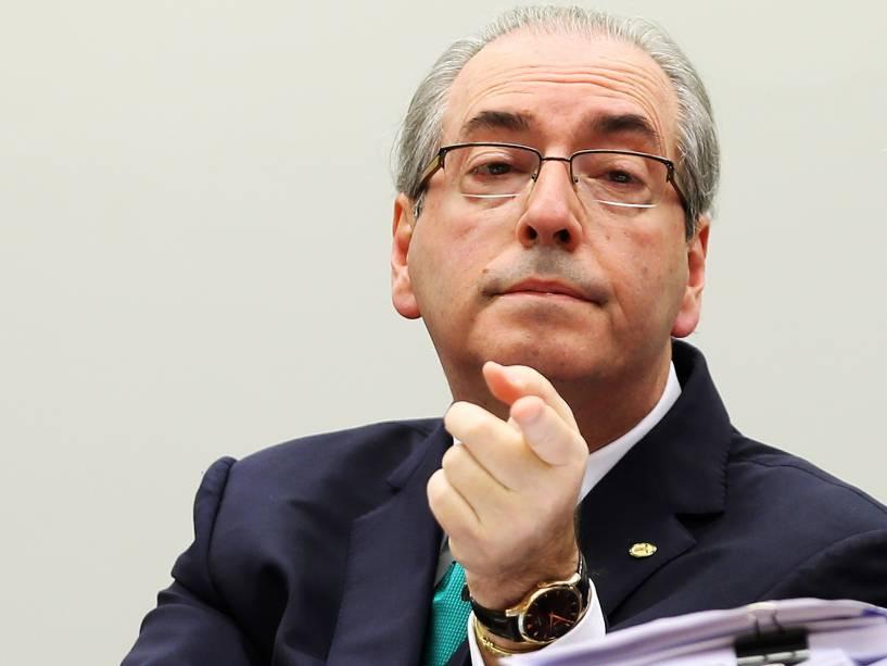 O presidente afastado da Câmara, Eduardo Cunha (PMDB-RJ), comparece ao Conselho de Ética da Câmara dos Deputados, em Brasília (DF), para fazer sua defesa. Cunha é alvo de um processo por quebra de decoro por supostamente ter ocultado contas bancárias secretas no exterior e de ter mentido sobre a existência delas em depoimento à CPI da Petrobras - 19/05/201