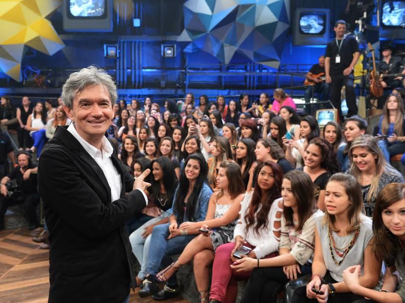 Serginho Groisman com a plateia do Programa Altas Horas da Rede Globo em 2014