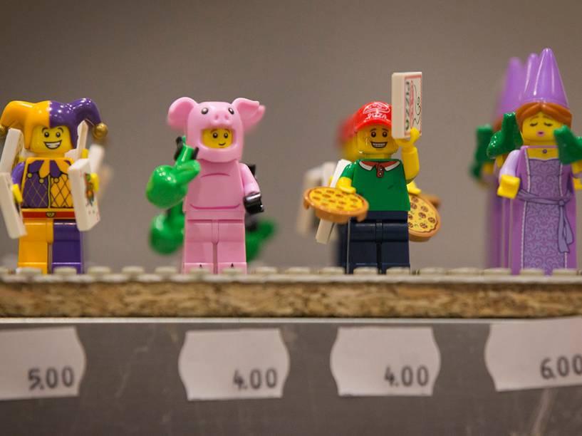 Figuras de Lego são exibidas durante aBrick 2014, em Londres, na Inglaterra