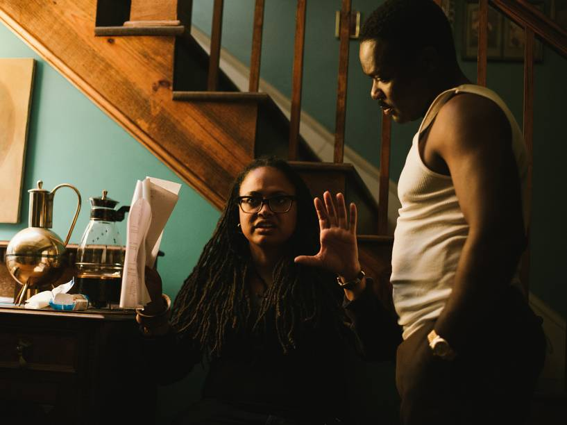 A diretora Ava DuVernay e o ator David Oyelowo nos bastidores do filme Selma